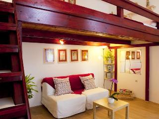 GREAT DEAL! Cozy apartment  Free WIFI and parking*, Budapest