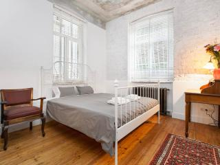 NOVUM   2 beds in historical building in Galata!, Istanbul