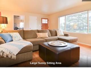 Walkable Seattle 3-Bed Home - Amazing Location