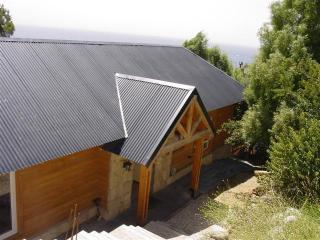 3 BED/2 BATH (H42) LESS THAN 5 MINUTES TO TOWN! - San Carlos de Bariloche vacation rentals
