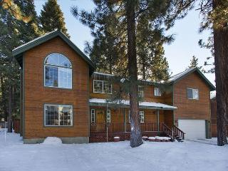 Wonderful mountain home with all the extras!, South Lake Tahoe