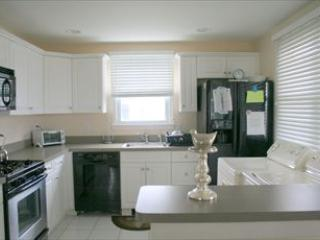 KITCHEN - 1484-Walters 47571 - Harvey Cedars - rentals