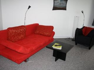 LLAG Luxury Vacation Apartment in Husum - comfortable, modern, friendly (# 4599)