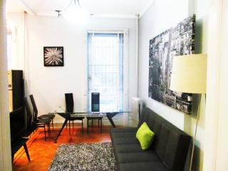 A Historic 2BR RailRoad Apt-only 12min to Manh, Brooklyn
