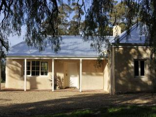 Peppermint Farm Cottage Bed and Breakfast, McLaren Vale