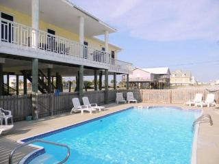 White Sands House with Private Swimming Pool, Navarre