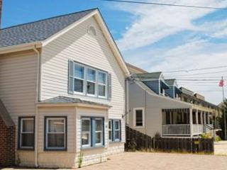 3 Bedroom Summer Rental - Ocean Block, Lavallette
