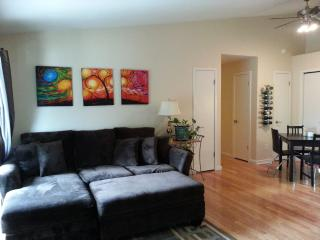 Great Location with Lots of Ameneties!, Boulder