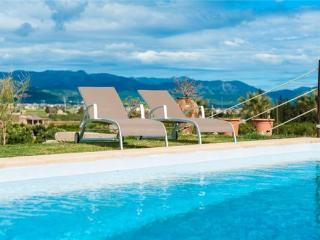 Holiday house for 11 persons, with swimming pool , in Playa de Muro - Muro vacation rentals