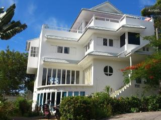 Celebrity Ocean View Mansion 4 Bed - Surat Thani Province vacation rentals