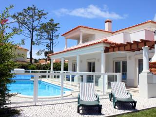 Villa in Praia D'El Rey with 4 bedrooms only 1 km from the beach, Estremadura