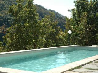 Large historical house in stunning rural setting, Toano