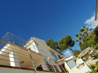 Villa with pool, near beach, golf, 10 pax, WLAN, Port d'Alcudia