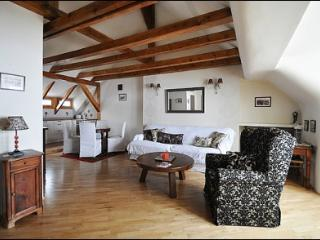 Lovely apartment in the Old Town! Podwale, Varsovia