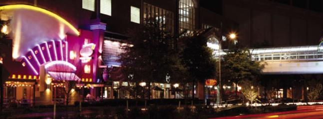 Ballston Mall - 2 Block from the property