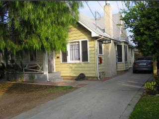 Silverlake Bungalow. Private LA home and Garden, Los Angeles
