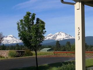 Most Desired Mountain View And Setting In Sisters Oregon!