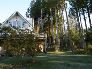 A Peaceful Retreat at the Edge of the Forest, Gibsons