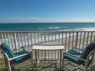 Penthouse - Direct Oceanfront - Fully Renoavted, Satellite Beach