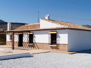Beautiful, tranquil villa with own pool, Almachar