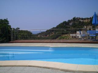 MODERN VILLA WITH SPECTACULAR VIEW, WI-FI AND AIR-, Lloret de Mar