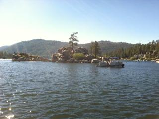 Beautiful Lakefront Home with Dock, Minutes to Slope and Village, Big Bear Region