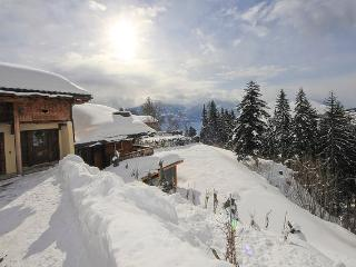 EL CONDOR, LUXURY CHALET IN SKI AND GOLF RESORT, Crans-Montana