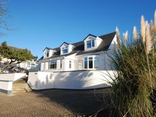 J Walk, A luxury house in the middle of a great seaside town, Rhosneigr