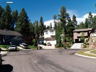 FAMILY-FRIENDLY APARTMENT FOR SMALL BUDGET; IDEAL BASE FOR DAY TOURS, Flagstaff