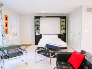 Sweet Suite on Capitol Hill - Washington, DC, Fairlawn