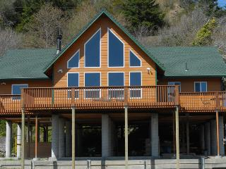 Gold River Lodge - Klamath vacation rentals
