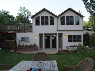 2 Story Coach House - Downtown Boulder - Front Range Colorado vacation rentals