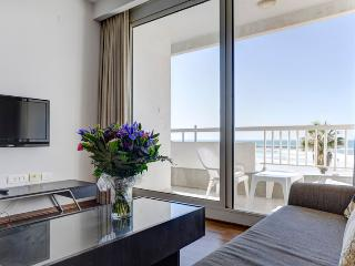 Gorgeous Suite with Ocean View TLV, Tel Aviv