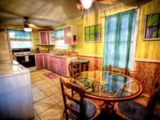 Kitchen and dining room area at My Sandy Pails