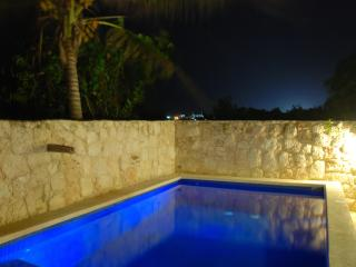 Hacienda with Pool and Ocean Views, Isla Mujeres