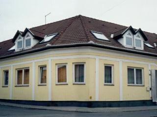 Family Apartment in Downtown Eger - Downstairs Apt