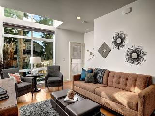 Fremont Jet City Townhome - Seattle vacation rentals
