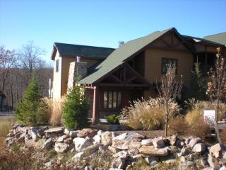 Gorgeous rental at Big Boulder Lake and Ski Mtn, Lake Harmony