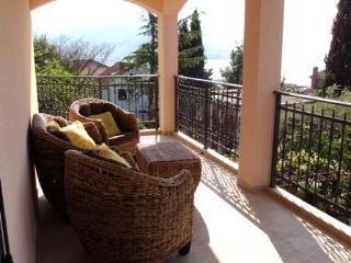 Vill with Sea Views only 50 metres to the Sea, Savina