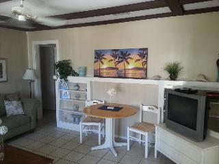 Ocean View Beach Cottage on Clearwater Beach