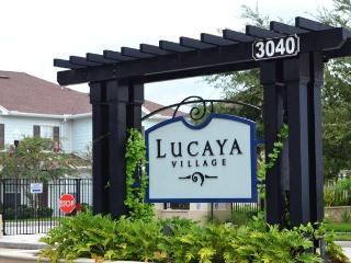 Lucaya Village Luxury 4 Bedroom Condo by Fidelity, Kissimmee