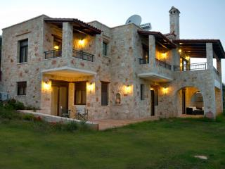 10 guest Villa in Chania, Chania Town
