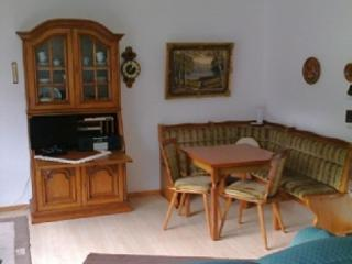 Vacation Apartment in Bad Brückenau - 420 sqft, bright, quiet, comfortable (# 4809), Bad Bruckenau