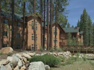 Upscale @downsized price July 4 wkend/N.Years, Zephyr Cove