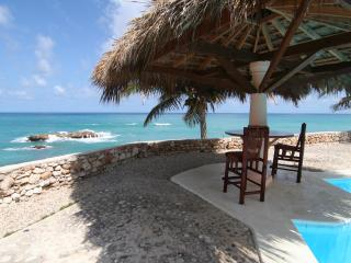 Hotel Panoramica Extended Family Package, Barahona Province