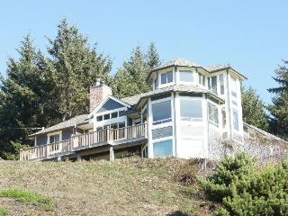 Agate Beach Haven-4bd/3.5 bath sleeps 11, Bandon