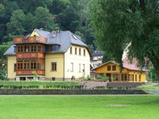 Vacation Apartment in Bad Schandau - 646 sqft, natural, quiet, comfortable (# 4832)