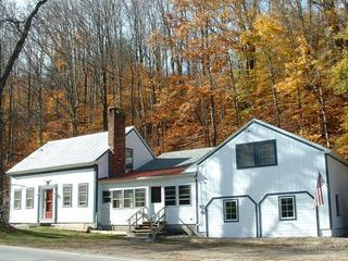Spotless Mount Snow Stratton Vacation Home, West Wardsboro