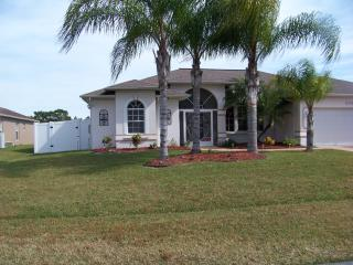Single Family Home Like New, Heated Pool Gazebo, Port Saint Lucie
