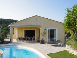 Stunning Hilltop Villa in the St Tropez area 6-8p, Sainte-Maxime